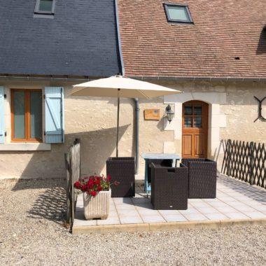 Clos de la Richaudière Luxury Loire Gîtes Terrasse Villa Noisette Crédit photos Marie Van Lul